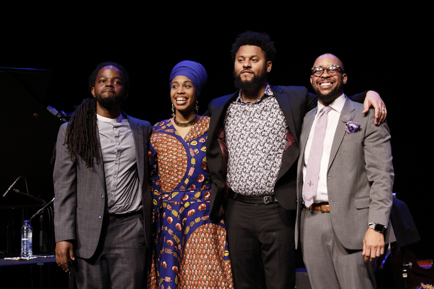 de band vlnr: Victor Gould, Jazzmeia Horn, Barry Stephenson, Henry Conerway III